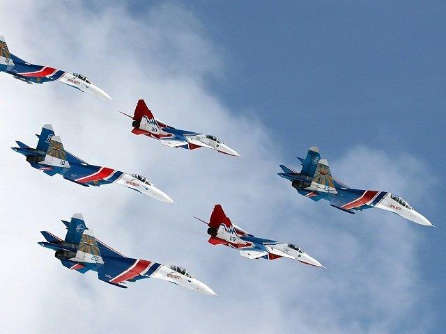 В Пермь на фестиваль «Крылья Пармы» прилетят «Русские витязи». Показательные полеты будут выполнены на высокоманевренных истребителях Су-30СМ