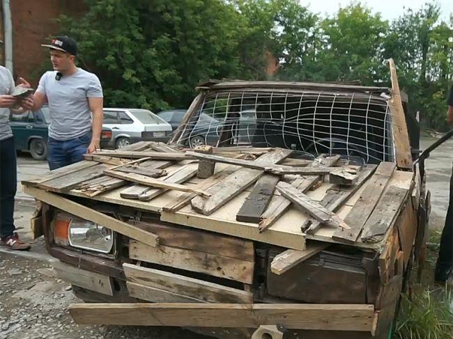 В Перми оштрафовали блогера за езду на деревянном автомобиле — Город 342.  Пермский городской портал