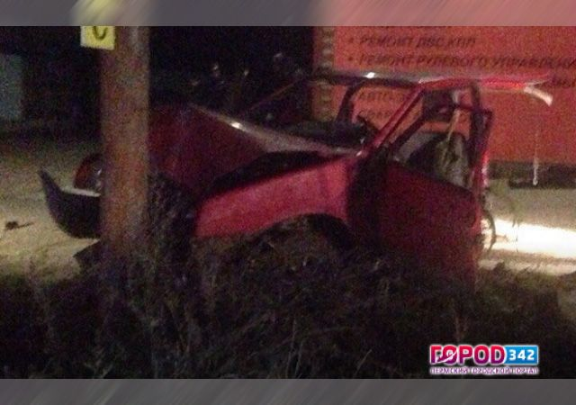 ВБерезниках при ДТП машину разорвало надве части
