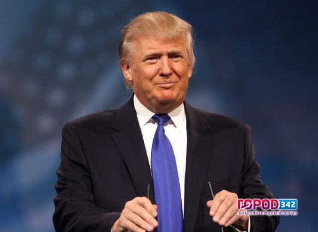 Дональд Трамп официально вступил вдолжность президента